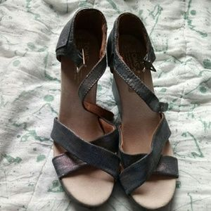 Toms wedges/sandal